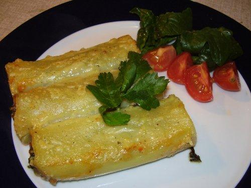 recept fyllda paprikor i tomatsås